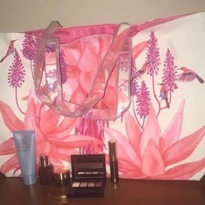 NWT Estée Lauder Huge Shop Tote & 5pc Makeup Set